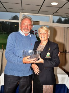 Lady Captain of Borris G.C.  Stephanie Dargan presenting her prize to Dan Glynn.